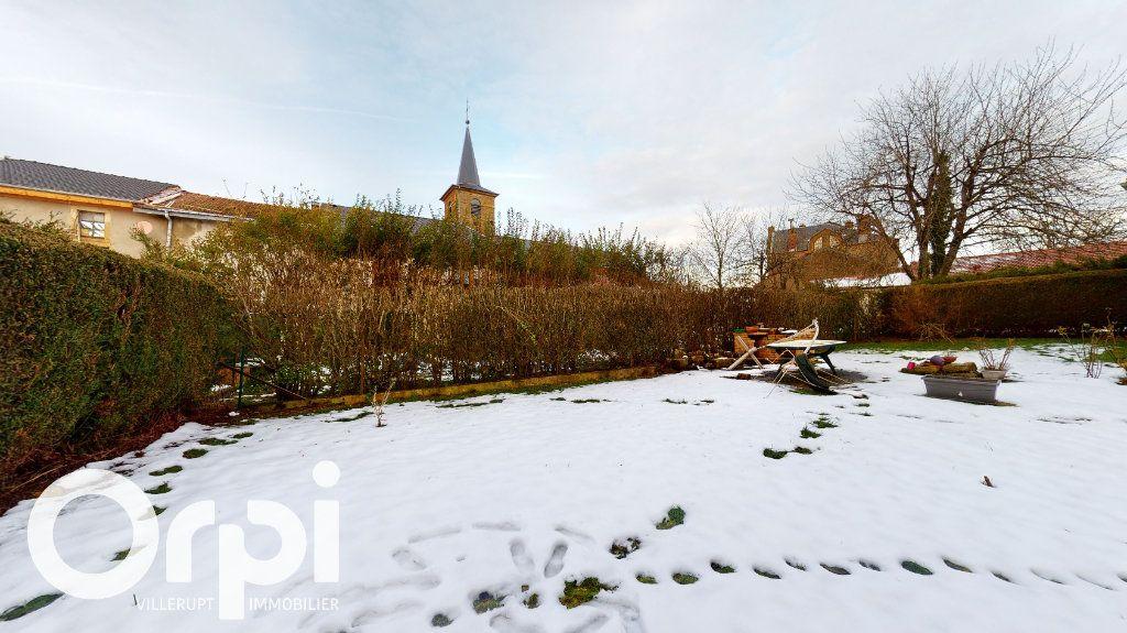 Maison à vendre 8 260m2 à Fillières vignette-16