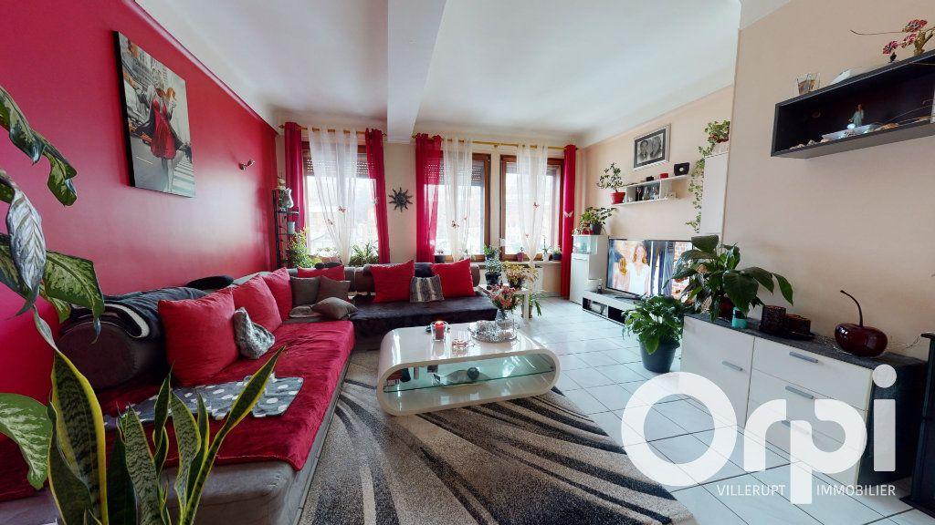 Appartement à vendre 3 86m2 à Villerupt vignette-2