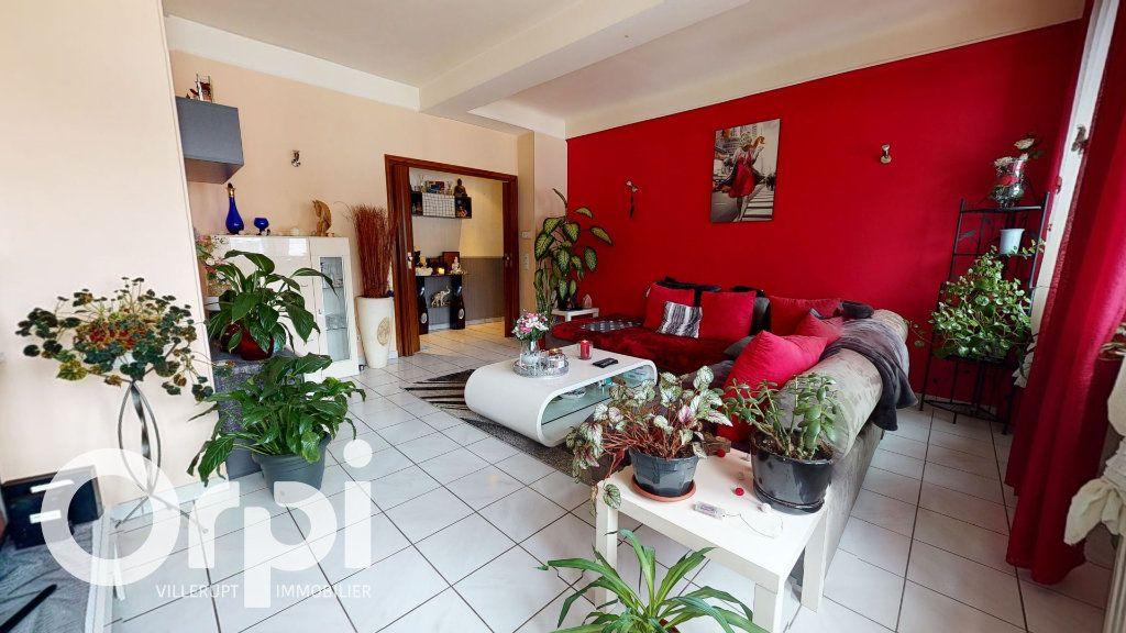 Appartement à vendre 3 86m2 à Villerupt vignette-4