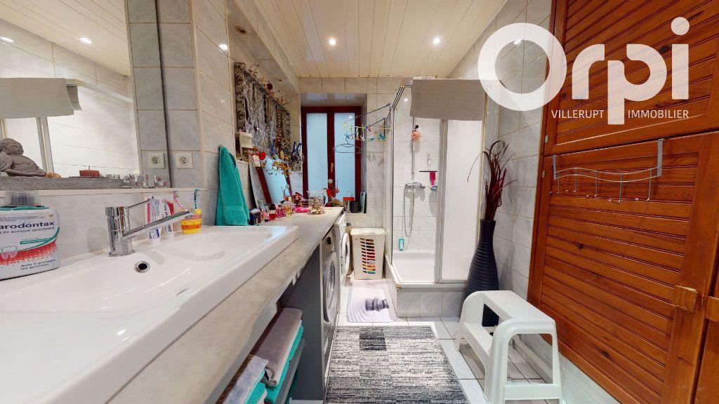Appartement à vendre 3 86m2 à Villerupt vignette-6
