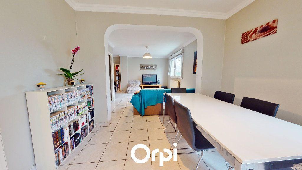 Appartement à vendre 3 80m2 à Villerupt vignette-2
