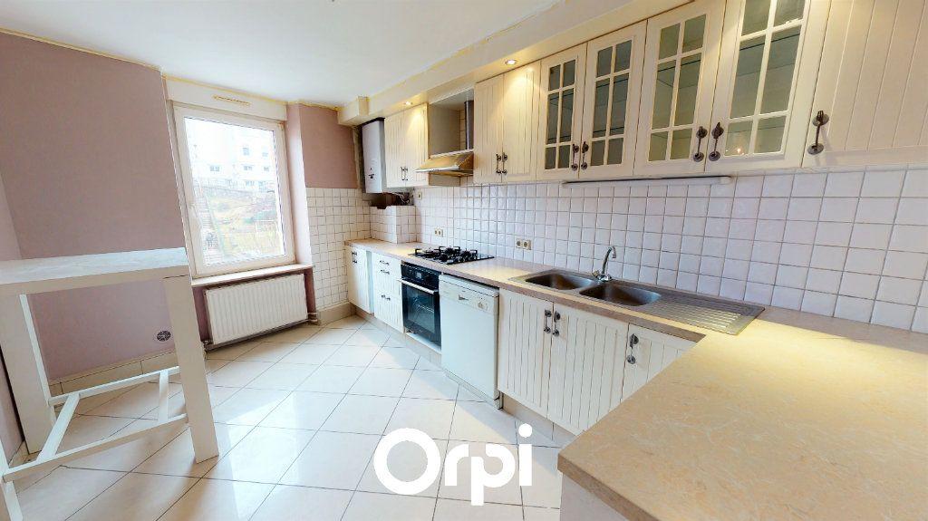 Appartement à vendre 3 90.76m2 à Villerupt vignette-2