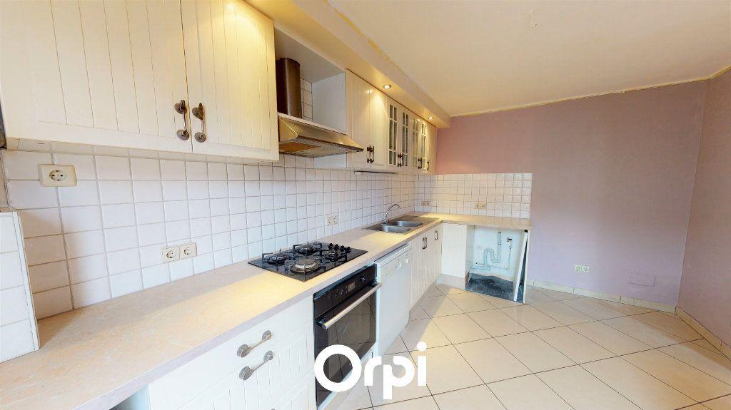 Appartement à vendre 3 90.76m2 à Villerupt vignette-3