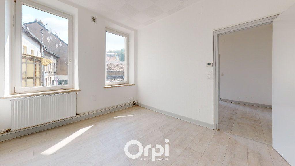 Appartement à louer 4 70m2 à Villerupt vignette-2