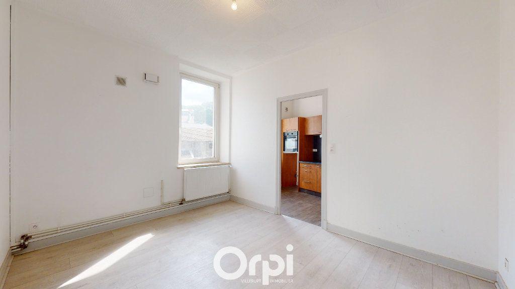 Appartement à louer 4 70m2 à Villerupt vignette-3