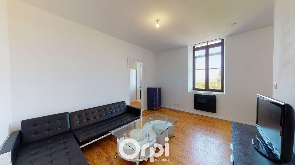 Appartement à louer 2 38m2 à Crusnes vignette-2
