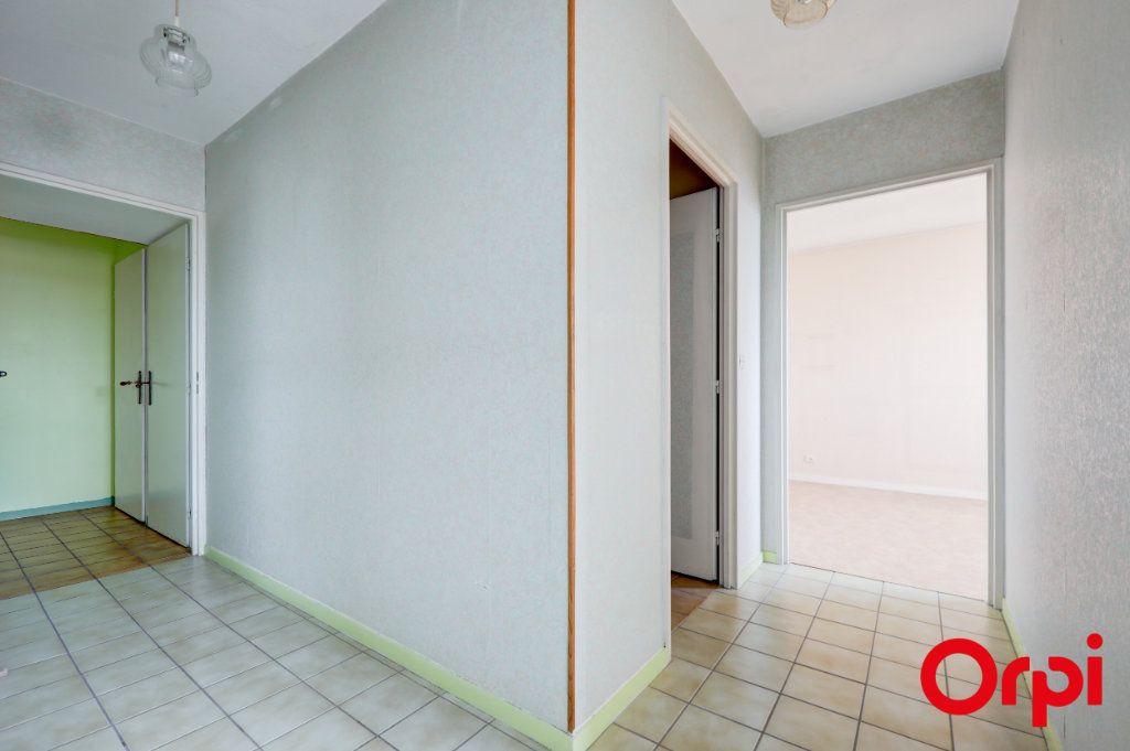 Appartement à vendre 5 89m2 à Villeurbanne vignette-18