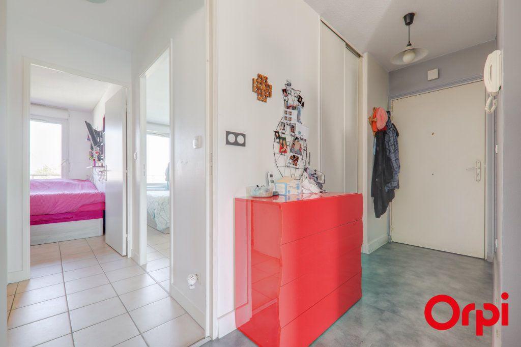 Appartement à louer 3 69m2 à Villeurbanne vignette-10