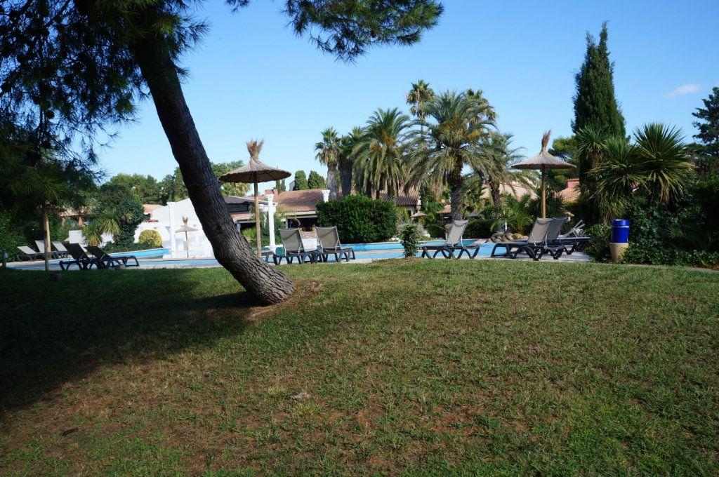 Appartement à vendre 3 72.4m2 à Canet-en-Roussillon vignette-2
