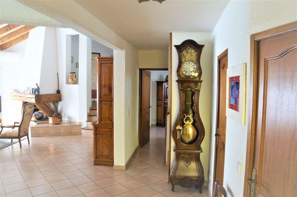 Maison à vendre 5 185m2 à Cabestany vignette-4