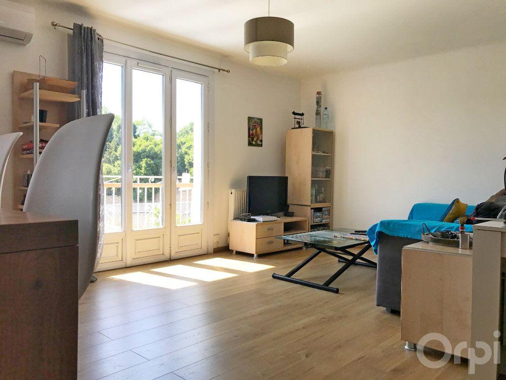 Maison à vendre 7 136m2 à Cabestany vignette-1