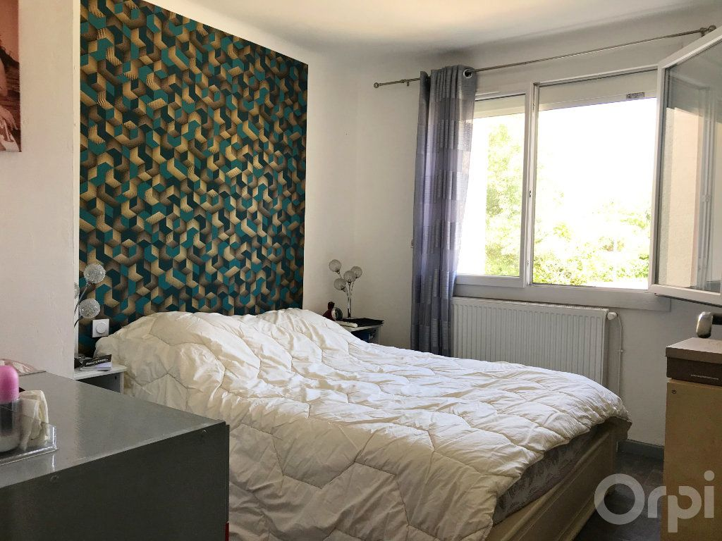 Maison à vendre 7 136m2 à Cabestany vignette-3