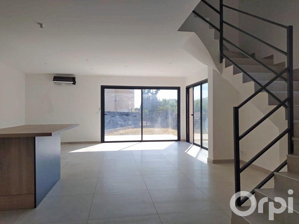 Maison à vendre 4 99m2 à Cabestany vignette-3