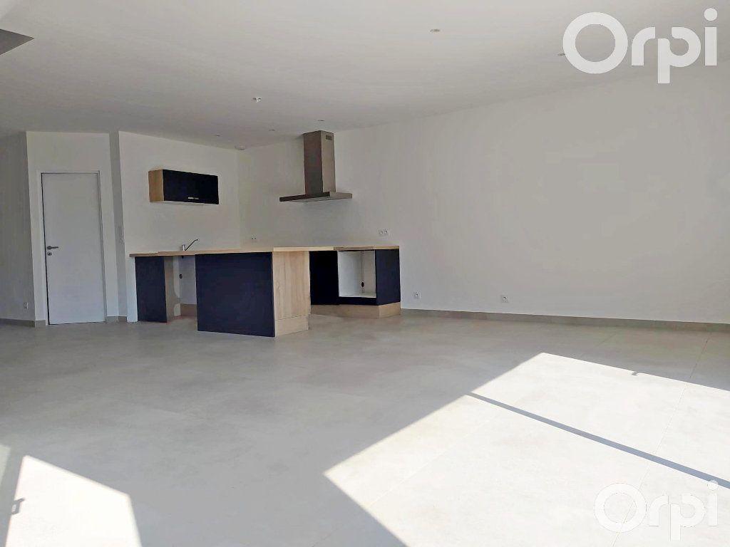 Maison à vendre 4 99m2 à Cabestany vignette-5