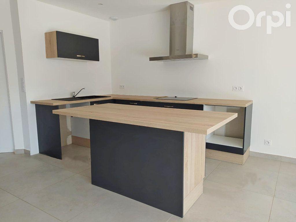 Maison à vendre 4 99m2 à Cabestany vignette-6