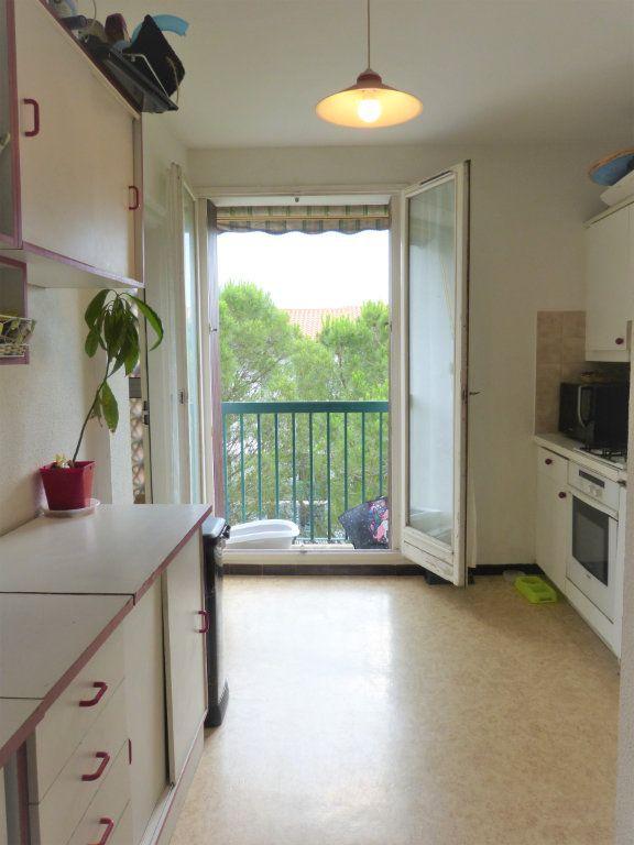 Appartement à vendre 4 73m2 à Perpignan vignette-2