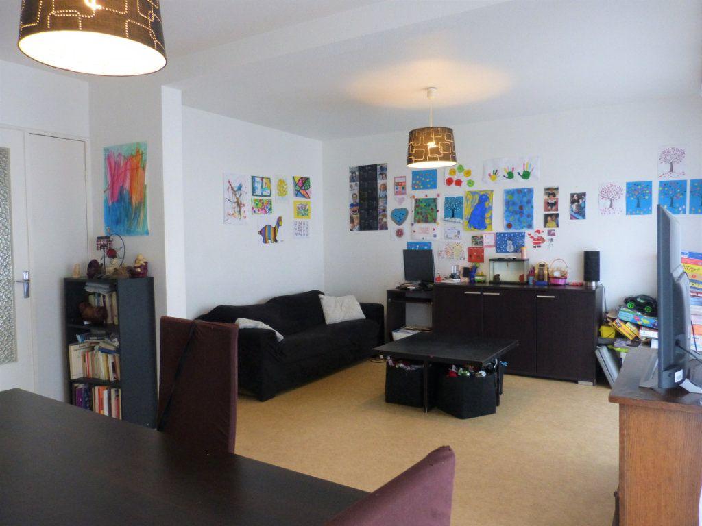 Appartement à vendre 4 73m2 à Perpignan vignette-3