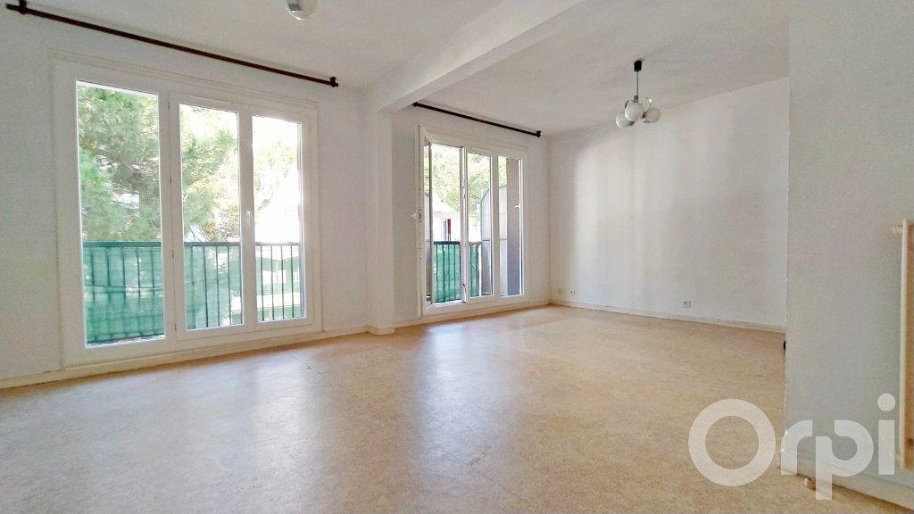 Appartement à vendre 3 73.87m2 à Perpignan vignette-2