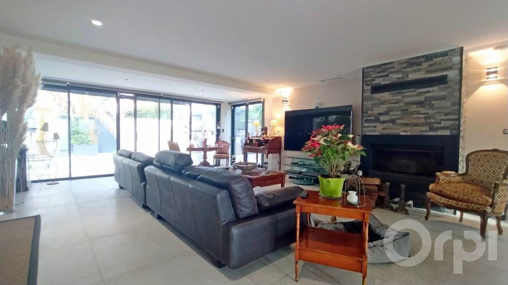 Maison à vendre 6 167m2 à Cabestany vignette-3