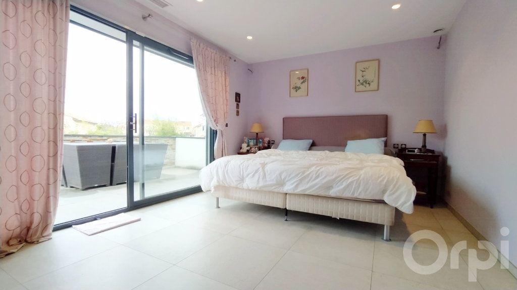 Maison à vendre 6 167m2 à Cabestany vignette-4