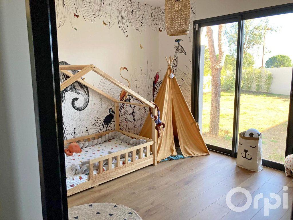 Maison à vendre 4 130m2 à Villelongue-dels-Monts vignette-5