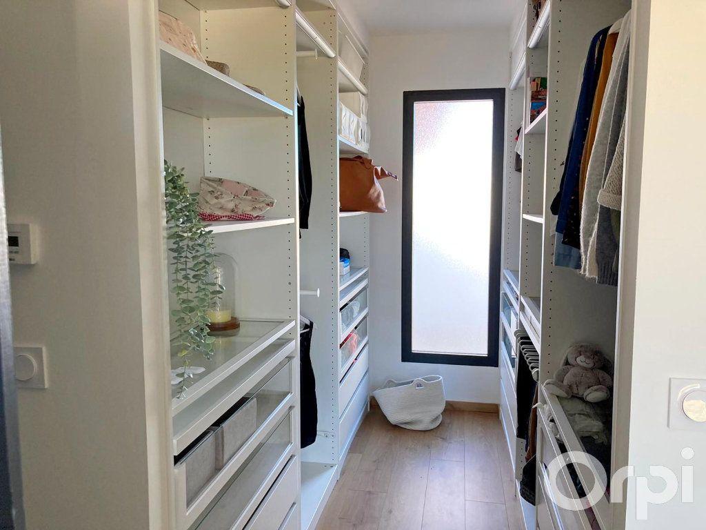 Maison à vendre 4 130m2 à Villelongue-dels-Monts vignette-6