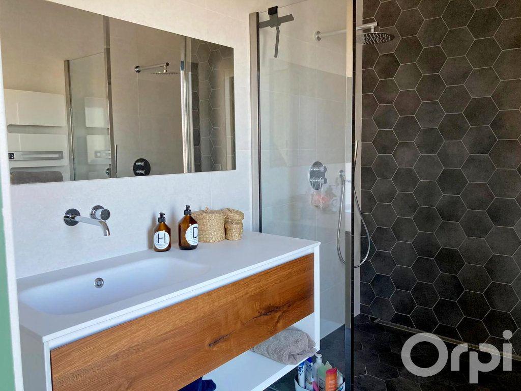 Maison à vendre 4 130m2 à Villelongue-dels-Monts vignette-8