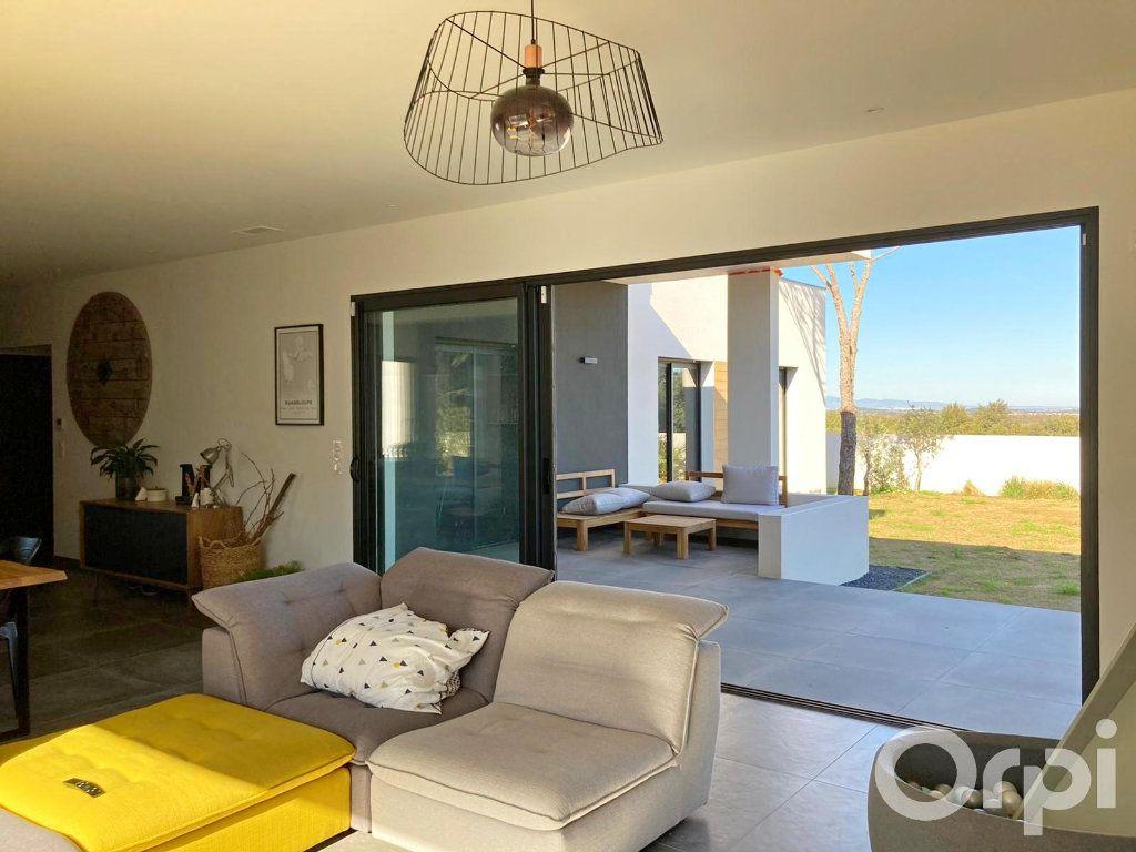 Maison à vendre 4 130m2 à Villelongue-dels-Monts vignette-9