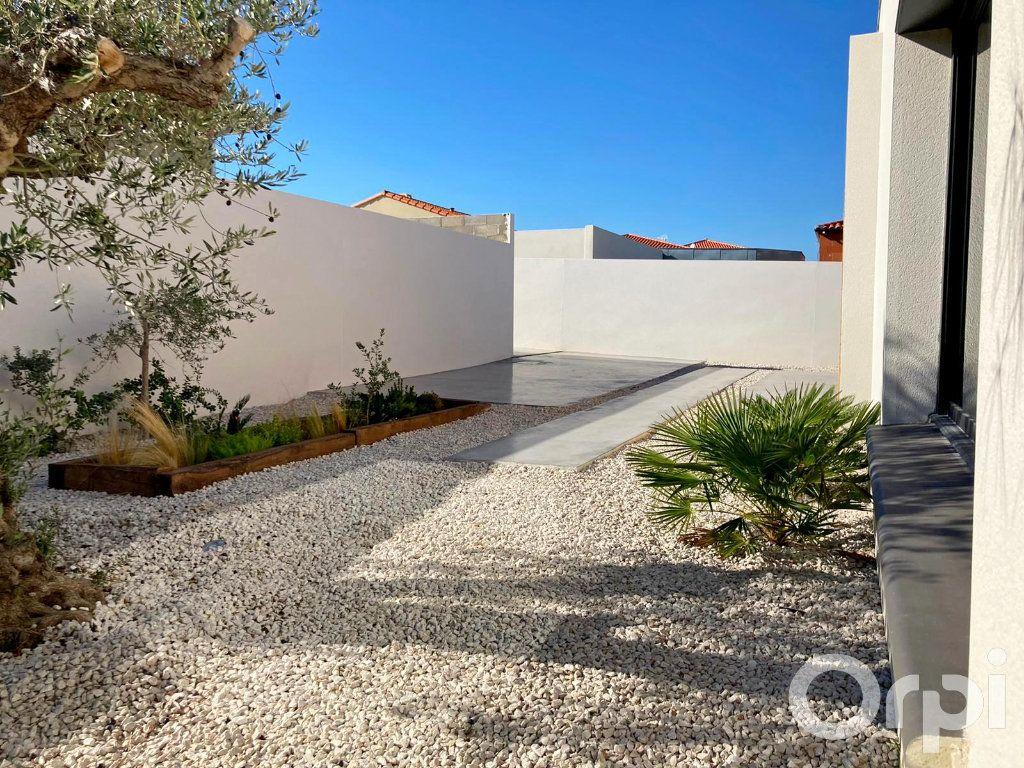 Maison à vendre 4 130m2 à Villelongue-dels-Monts vignette-11