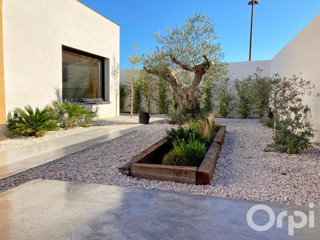 Maison à vendre 4 130m2 à Villelongue-dels-Monts vignette-13