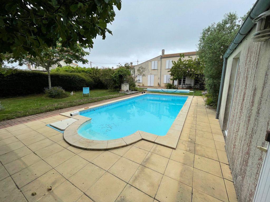 Maison à vendre 6 184m2 à Saint-Froult vignette-1