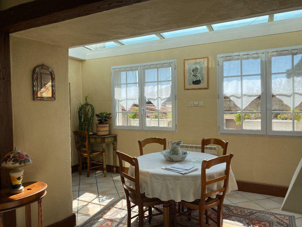 Maison à vendre 5 150m2 à Saint-Froult vignette-5