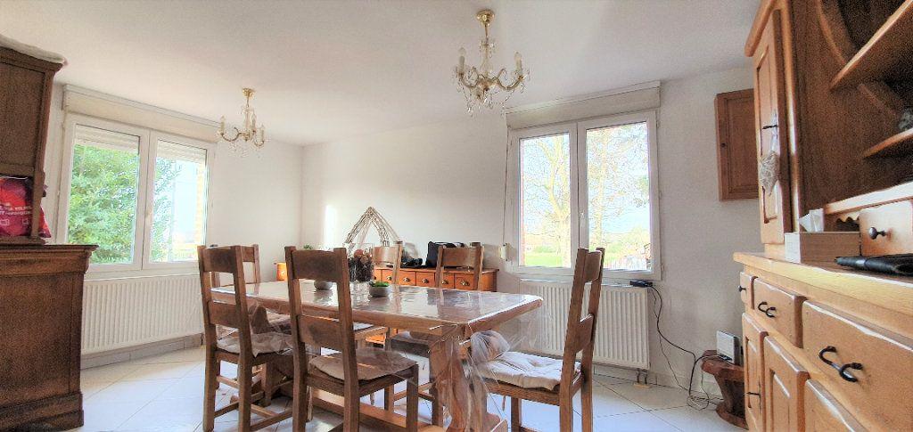 Maison à vendre 4 130m2 à Mons-en-Pévèle vignette-4