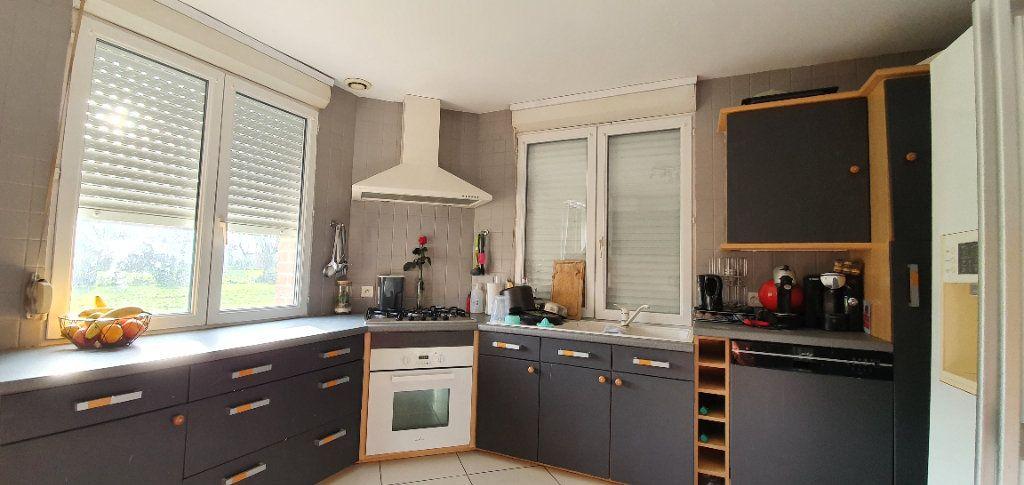 Maison à vendre 4 130m2 à Mons-en-Pévèle vignette-6