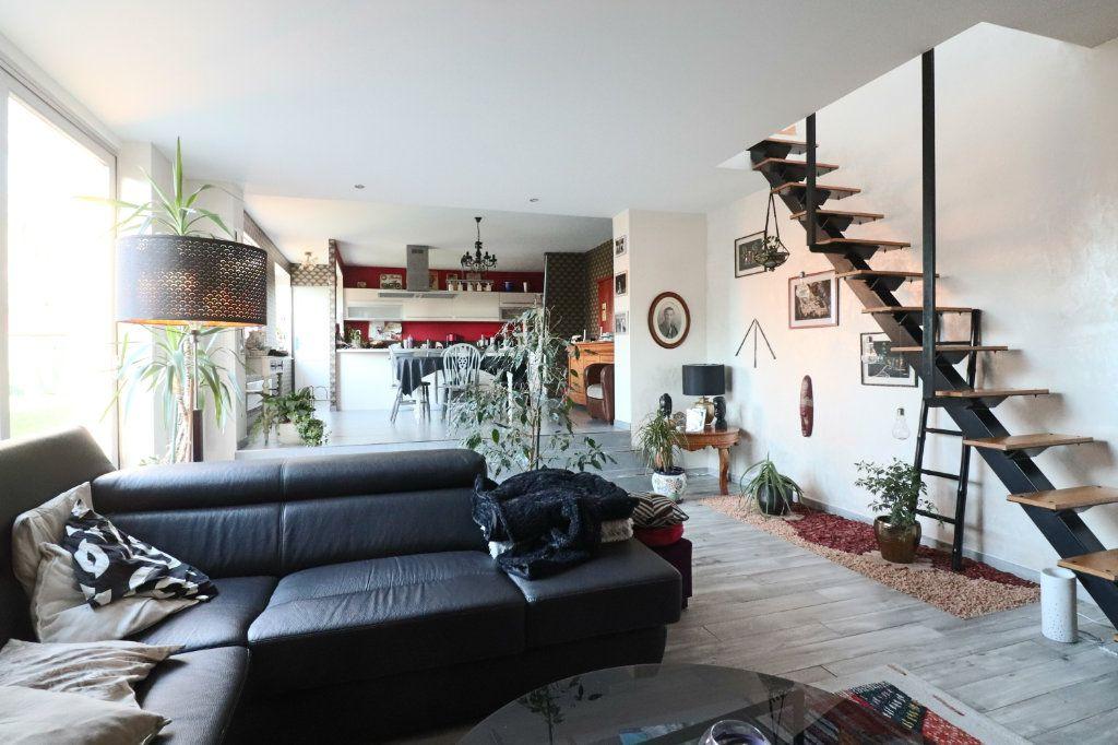 Maison à vendre 5 135m2 à Templeuve vignette-3