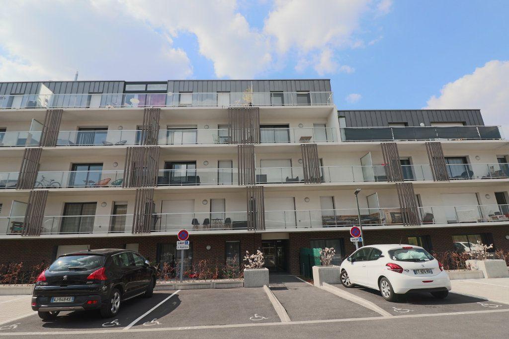 Appartement à vendre 3 73m2 à Lesquin vignette-6
