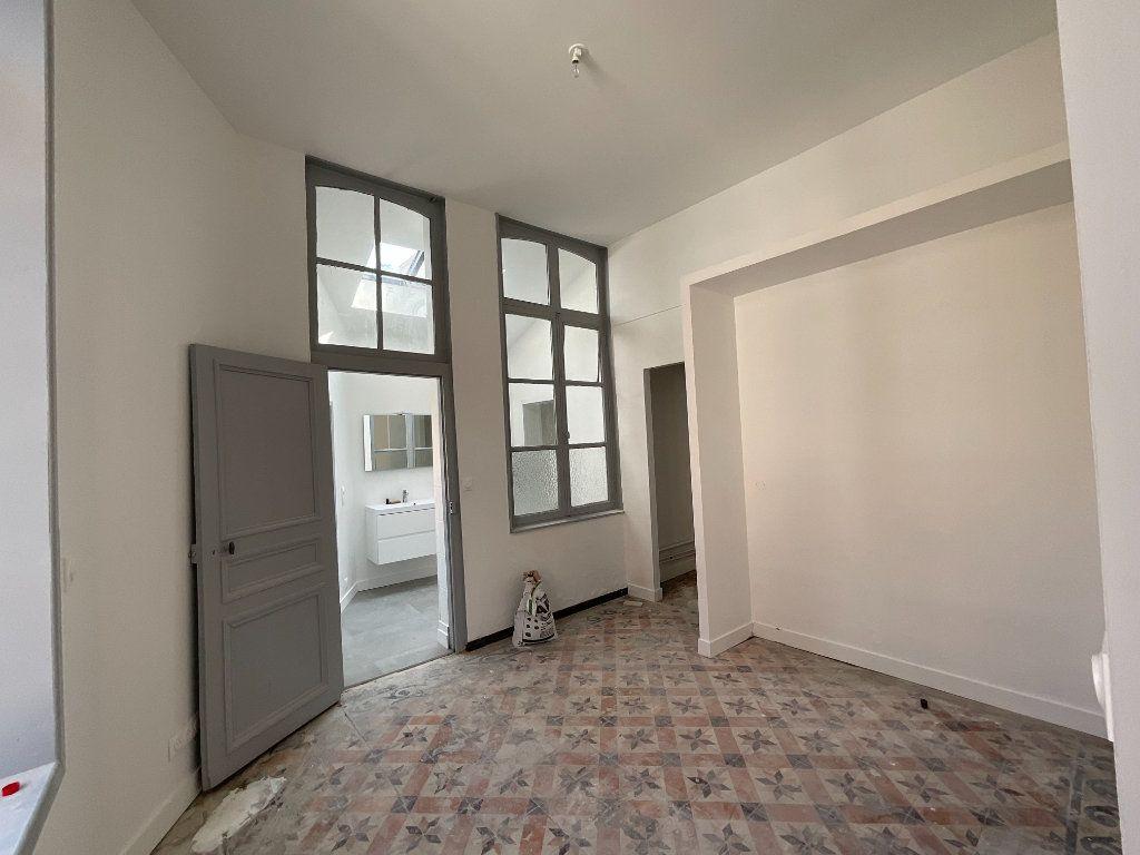 Appartement à louer 2 44.6m2 à Douai vignette-2