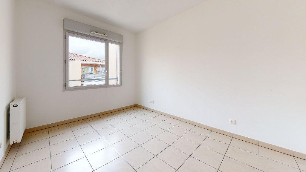 Appartement à louer 3 53.62m2 à Cuers vignette-5