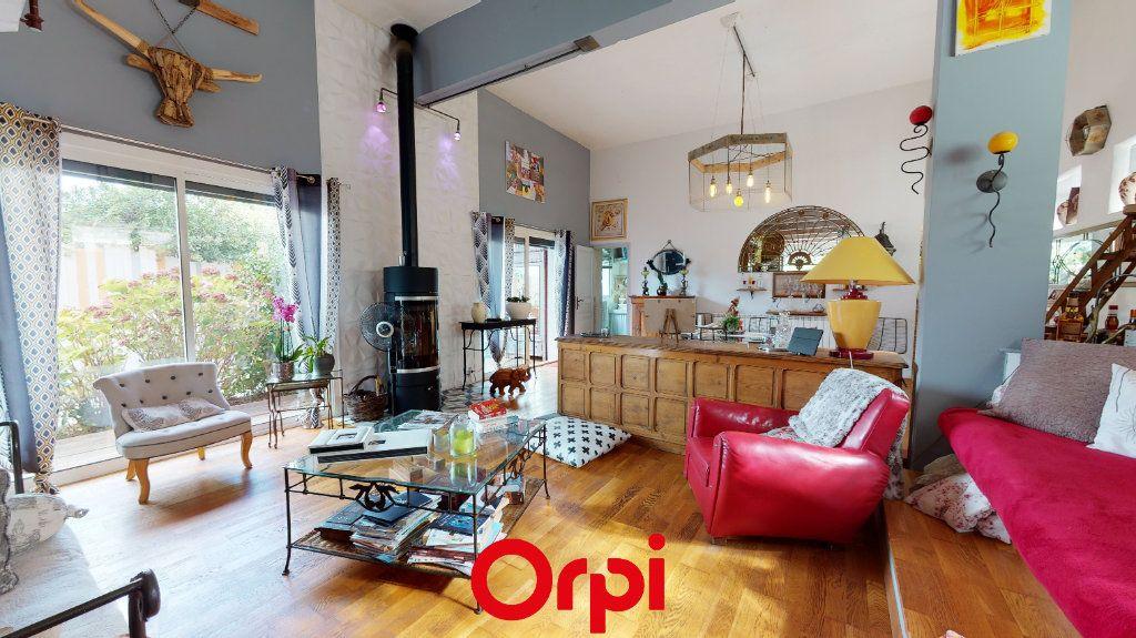 Maison à vendre 6 184m2 à Hyères vignette-2