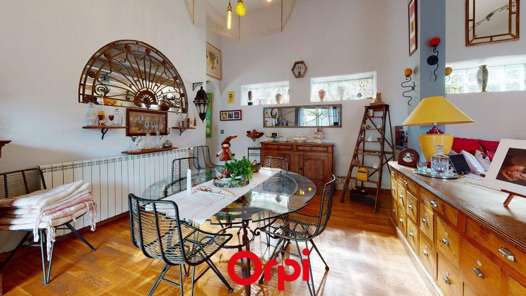Maison à vendre 6 184m2 à Hyères vignette-4