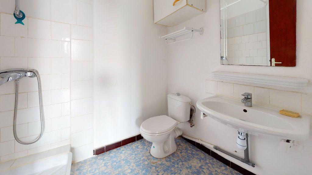 Appartement à louer 2 37m2 à Cuers vignette-2