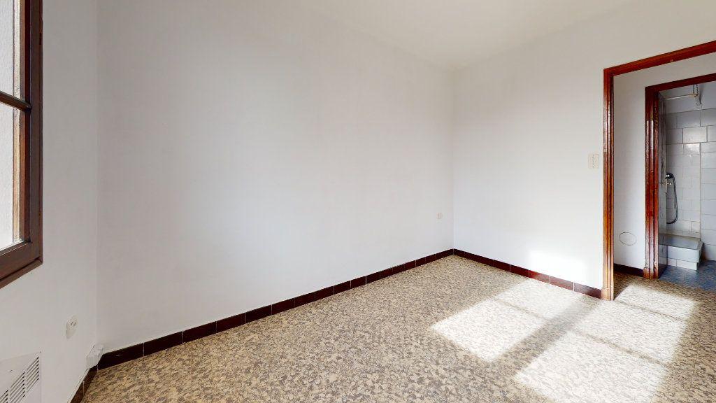 Appartement à louer 2 37m2 à Cuers vignette-4
