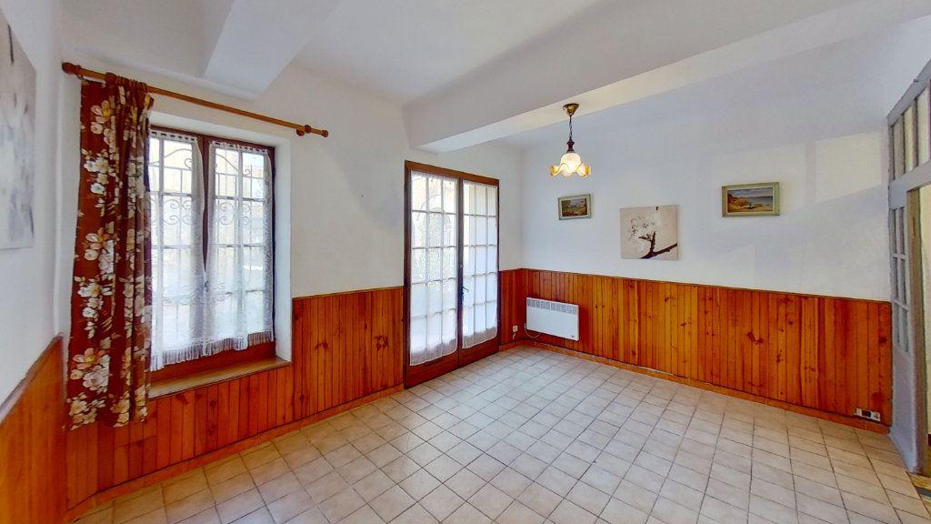 Appartement à louer 2 33m2 à Cuers vignette-2