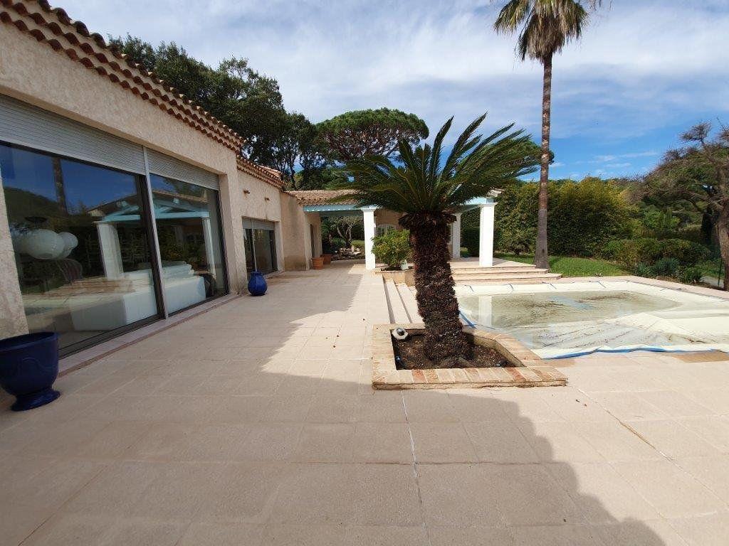 Maison à vendre 6 185m2 à Saint-Tropez vignette-2