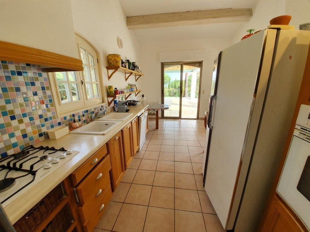 Maison à vendre 6 185m2 à Saint-Tropez vignette-4