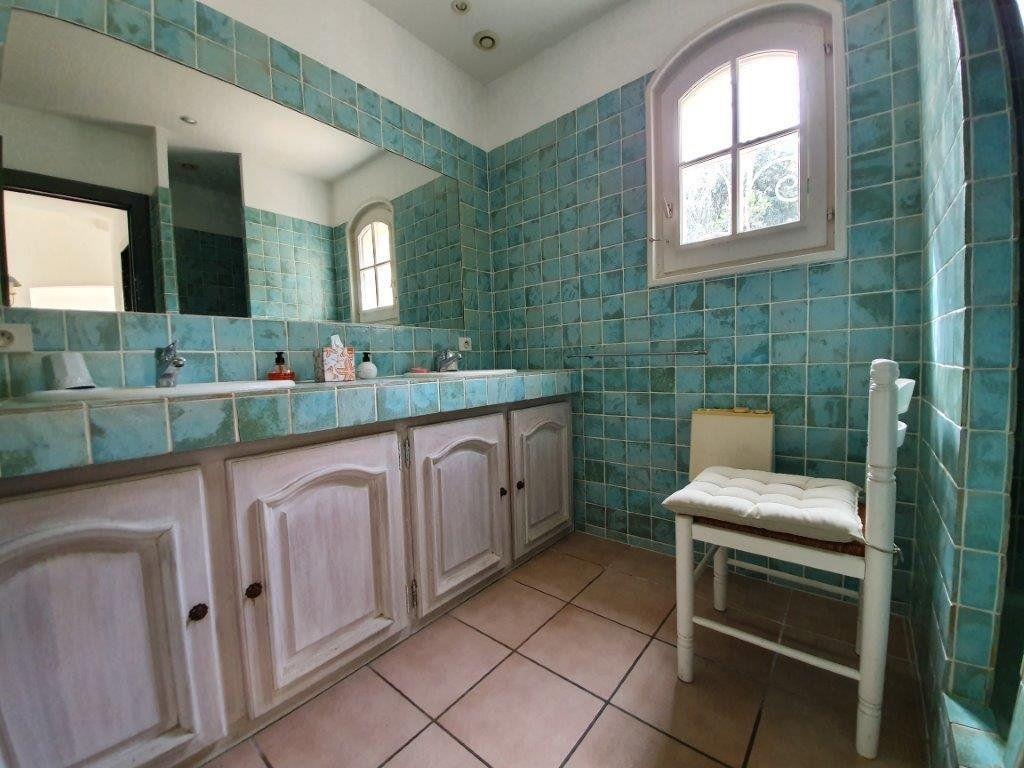 Maison à vendre 6 185m2 à Saint-Tropez vignette-8