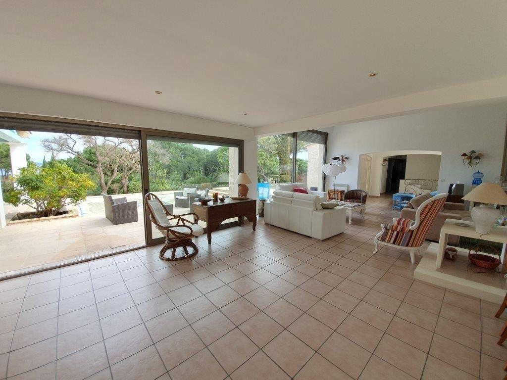 Maison à vendre 6 185m2 à Saint-Tropez vignette-9