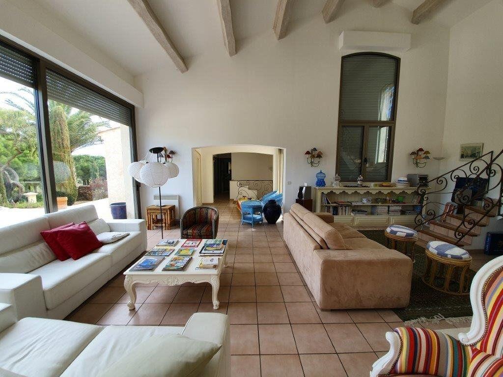 Maison à vendre 6 185m2 à Saint-Tropez vignette-10