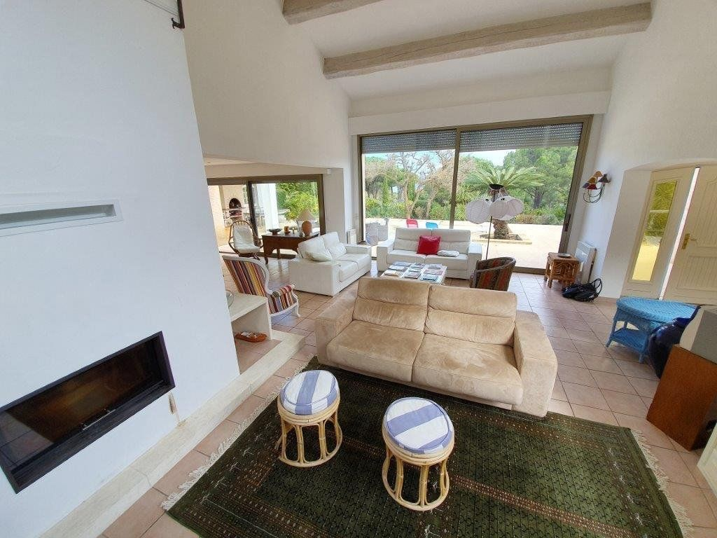 Maison à vendre 6 185m2 à Saint-Tropez vignette-13