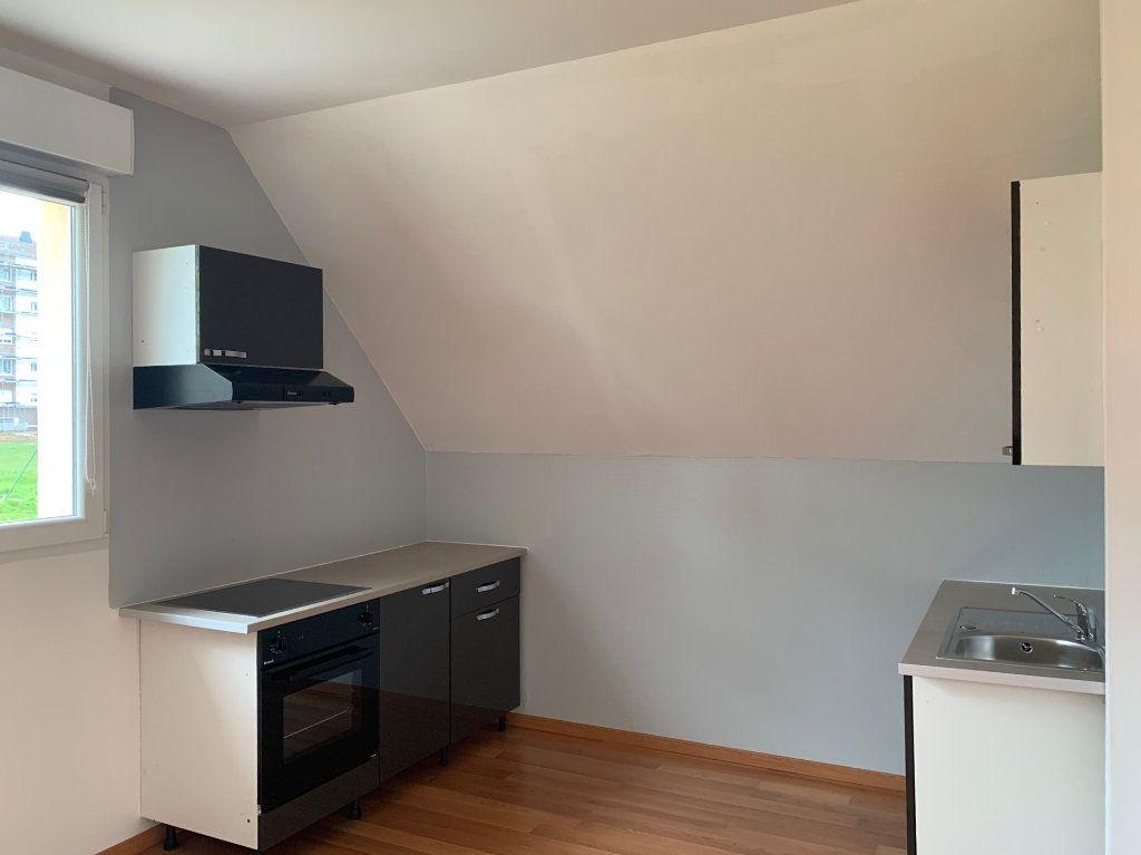 Appartement à louer 3 75m2 à Saverne vignette-1